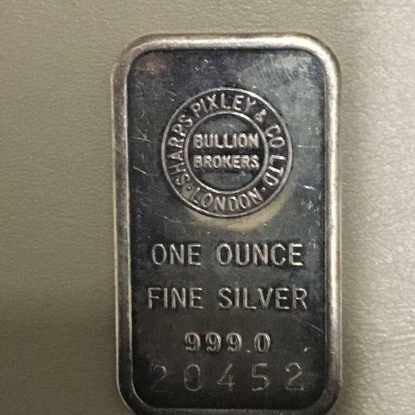 Photo of Item (9) 1 oz. Silver Bar