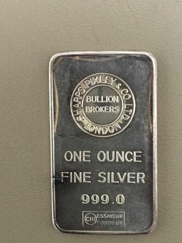 Photo 1 of Item (8) 1 oz. Silver Bar