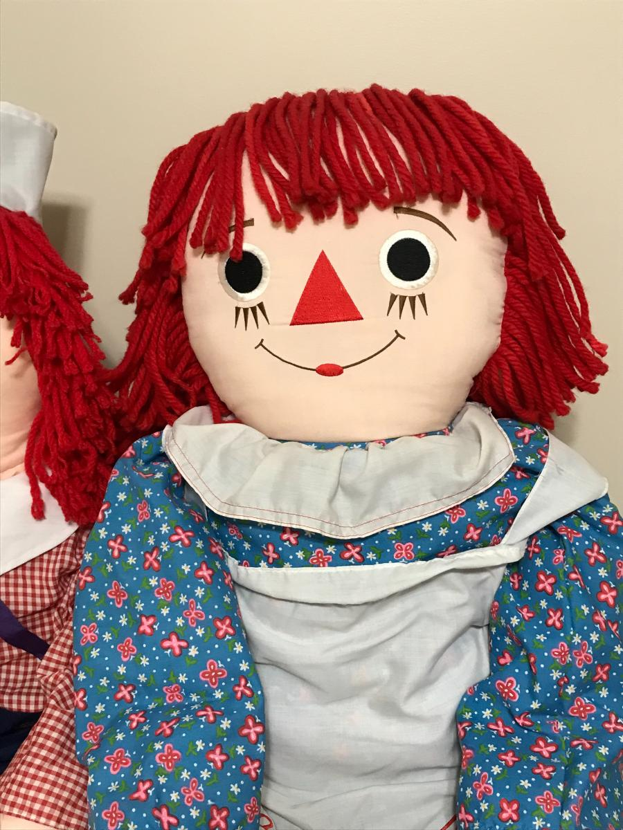 Photo 1 of Raggedy Ann and Raggedy Andy