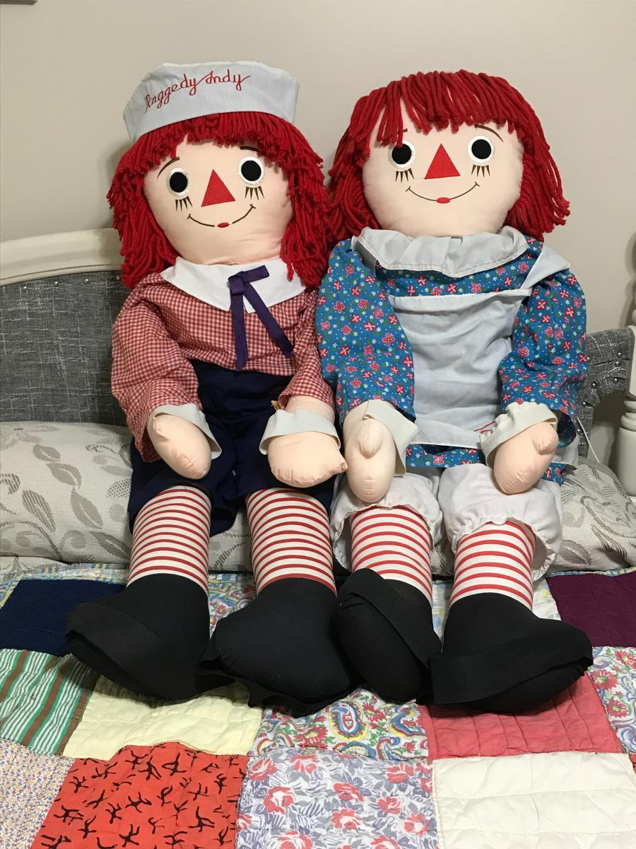 Photo 2 of Raggedy Ann and Raggedy Andy