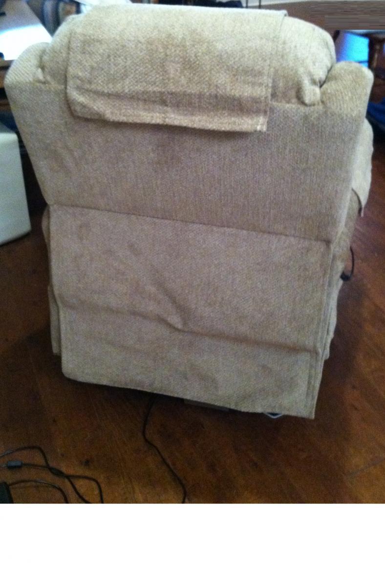 Photo 5 of UltraComfort America Zero Gravity Infinity Lift Chair