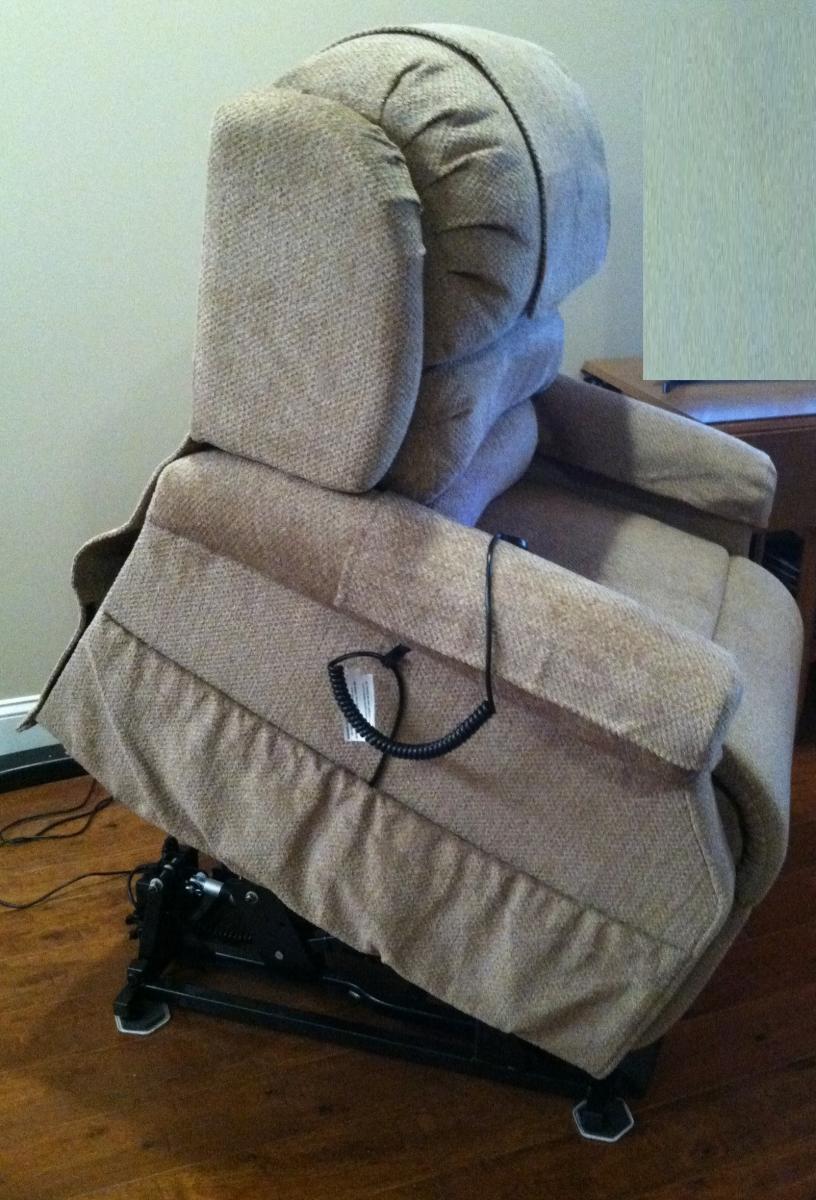 Photo 10 of UltraComfort America Zero Gravity Infinity Lift Chair