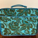 Vintage  70's  AVON  sales rep suitcase/overnight bag