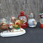 LOT 450 HOLIDAY DECOR AND SNOW GLOBES