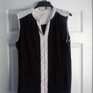 Photo of Ladies Sleeveless Top/Vest - size2x