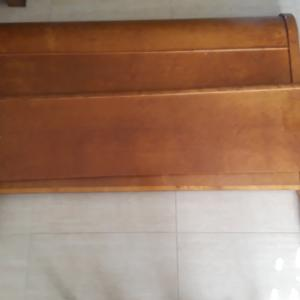 Photo of ANTIQUE SLEIGH BED SET, TWIN $90