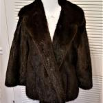 Lot #115  Beautiful Mink Coat - Excellent condition