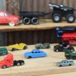 Misc. Tootsietoy, Matchbox, Hotwheels Cars, Loose - QTY 20