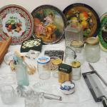 Lot 37 Antique kitchen jars collictibles