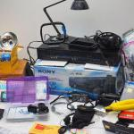Lot 22 Eectronics and Cameras, film and digital