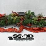 Christmas/Holiday Centerpiece, holds 5 pillar candles