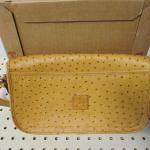 Lot 230 - Dooney Bourke Purse