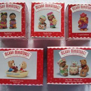 Photo of Hallmark Valentine Merry Miniatures, Lapel Pins & Stickers