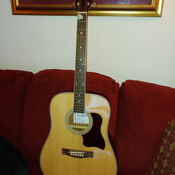 Photo of ACOUSTIC GUITAR