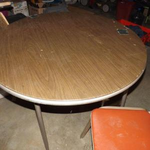 Photo of LOT 336  CARD TABLE AND ORANGE CHAIR