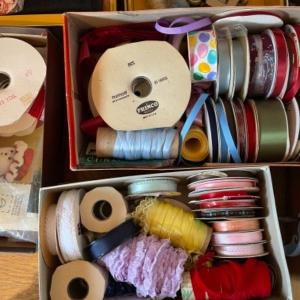 Photo of Lot 133. Sewing notions, ribbon, cotton floss, yarn, thread, folding scissors, e