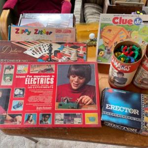Photo of Lot 144. Vintage games—domino, marbles, erector set, backgammon, science kit,