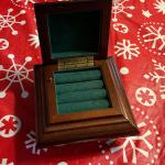 Mahogany jewelry/music box