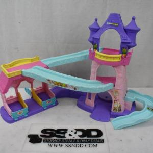 Photo of Fisher Price Little People Disney Princess Klip Klop Stable Play Set