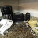 Small Appliances (Coffee Maker, Toaster, Coffee Grinder, Hand Mixers, Electric K