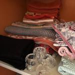 Lot 239 - Curtains, Table Linens, Aprons & Curtain Rods