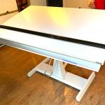 ART/DRAFTING TABLE, MINT