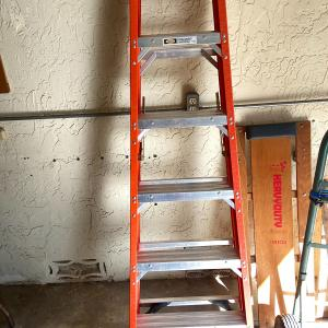Photo of Step Ladder 6 ft
