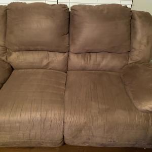 Photo of 2 reclining couches
