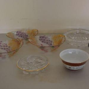 Photo of LOT 355 MISC GLASS ITEMS
