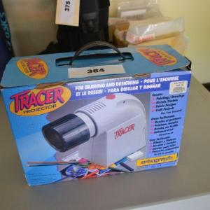 Photo of LOT 384 TRACER PROJECTOR