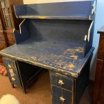 Distressed computer desk with stars