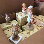 Lot of 20 Memories of yesterday figurines