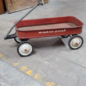 Photo of Vintage Radio Pal Wagon