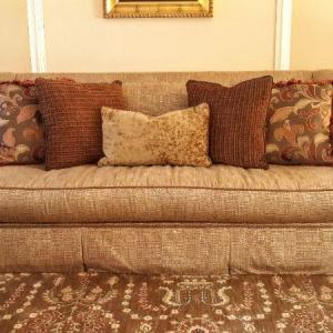 Photo of Lot 193: full couch