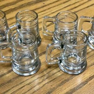 Photo of 6 shot-glass mugs