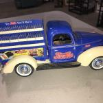 Golden Wheel 1940 Ford PEPSI-COLA Delivery Truck with all Pepsi Bottle Cases inc