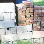 Lot 168 Bricks & Cinder Blocks