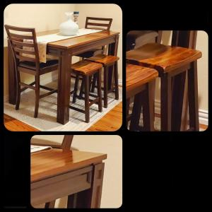 Photo of Dining Room Set in EXCELLENT CONDITION
