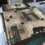 King size mountain quilt