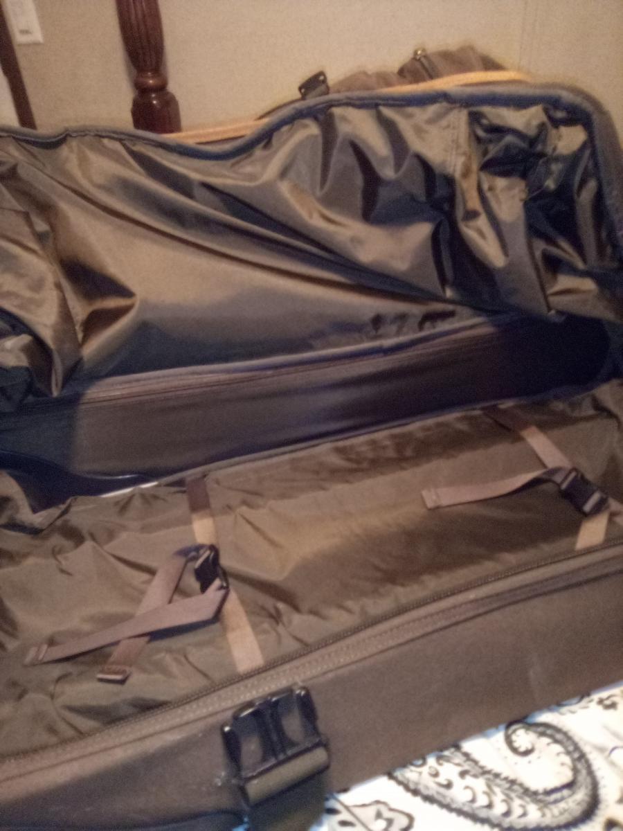 Photo 2 of Travel bag on wheels