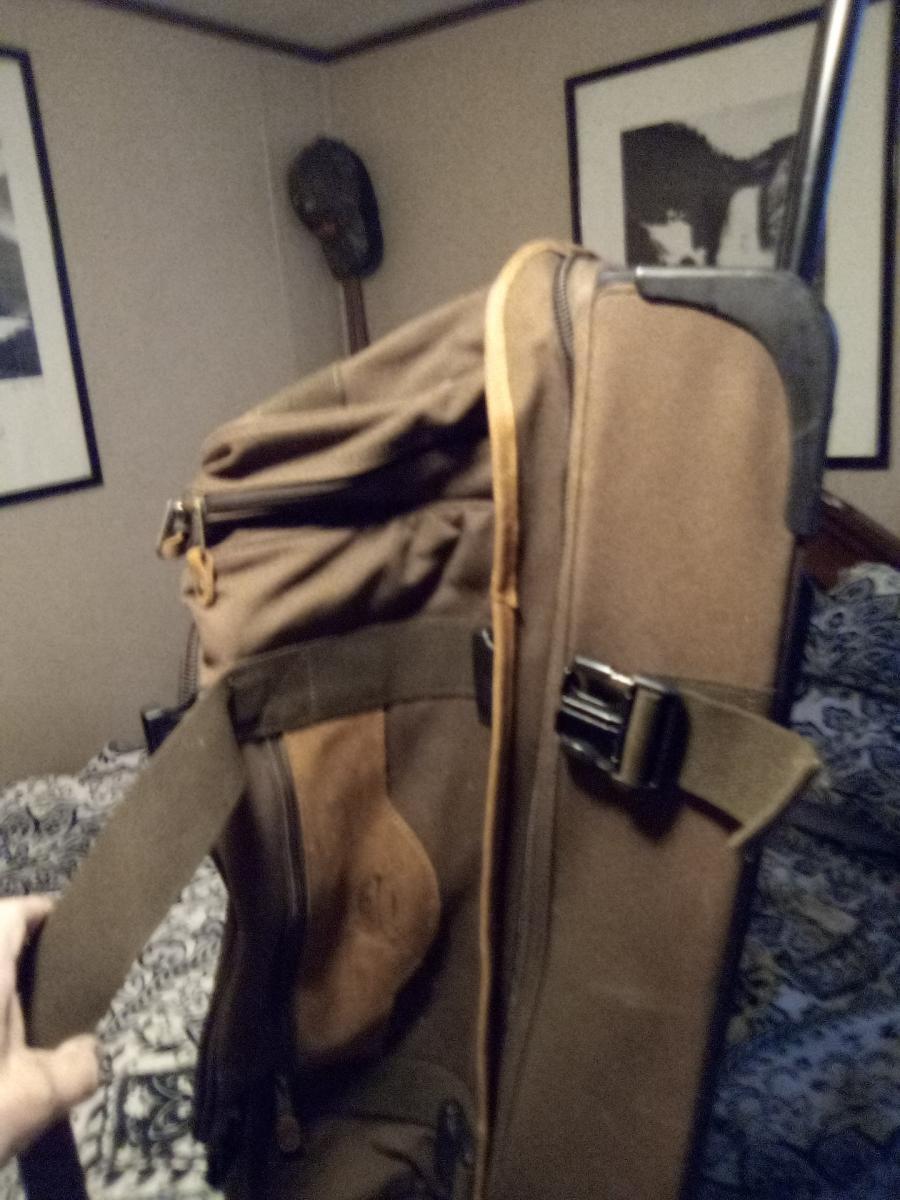 Photo 3 of Travel bag on wheels