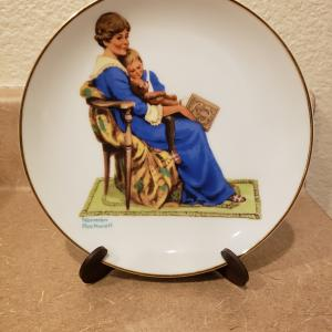 """Photo of Vintage 1984 """"Bedtime"""" by Norman Rockwell Porcelain Collectible Plate"""