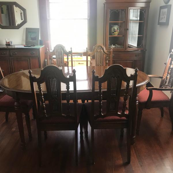 Photo of Beautiful  Oval Dining Room Table and 6 chairs