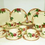 Franciscan Apple dinnerware set