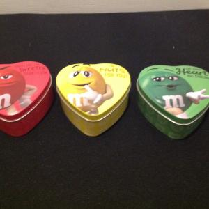 Photo of Set of 3 Small M&M Tins