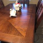 Oak Dining table w/leaf and 6 chairs