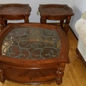 Photo of 3 pc end table set