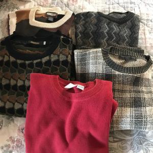 Photo of Men's Sweater