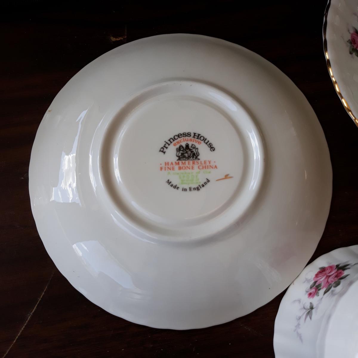 Photo 3 of Collectible china