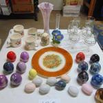 Box 120  Vases, ceramic eggs, glasses